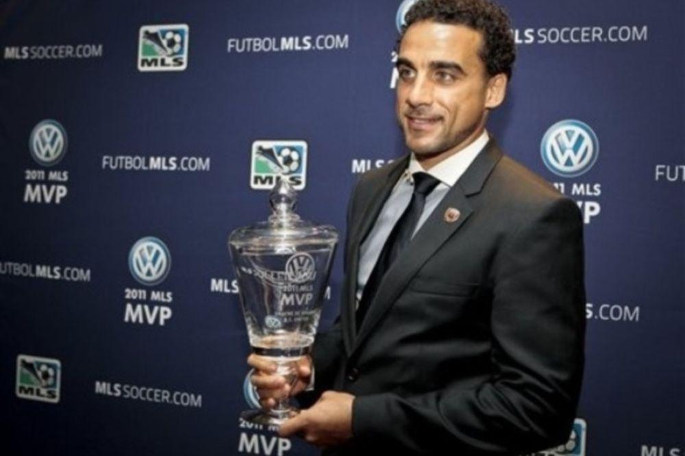 Πολυτιμότερος παίκτης της χρονιάς ο Ντε Ροζάριο