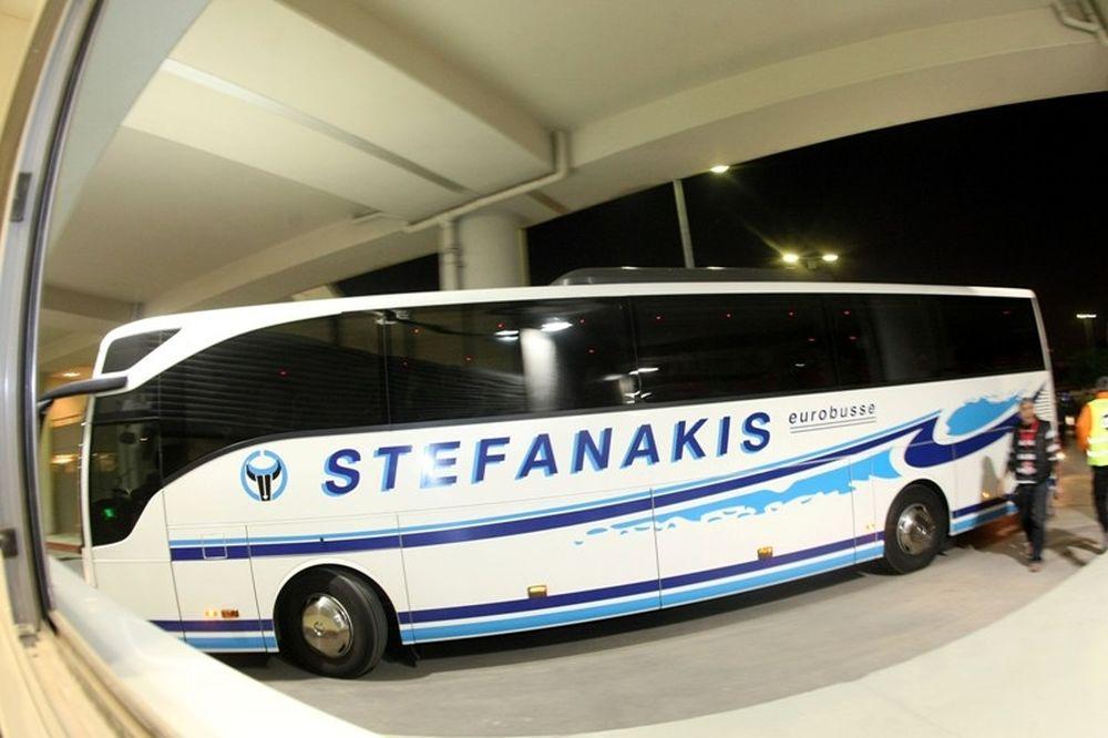 Με τουριστικό λεωφορείο η αποστολή του Ολυμπιακού! (video)