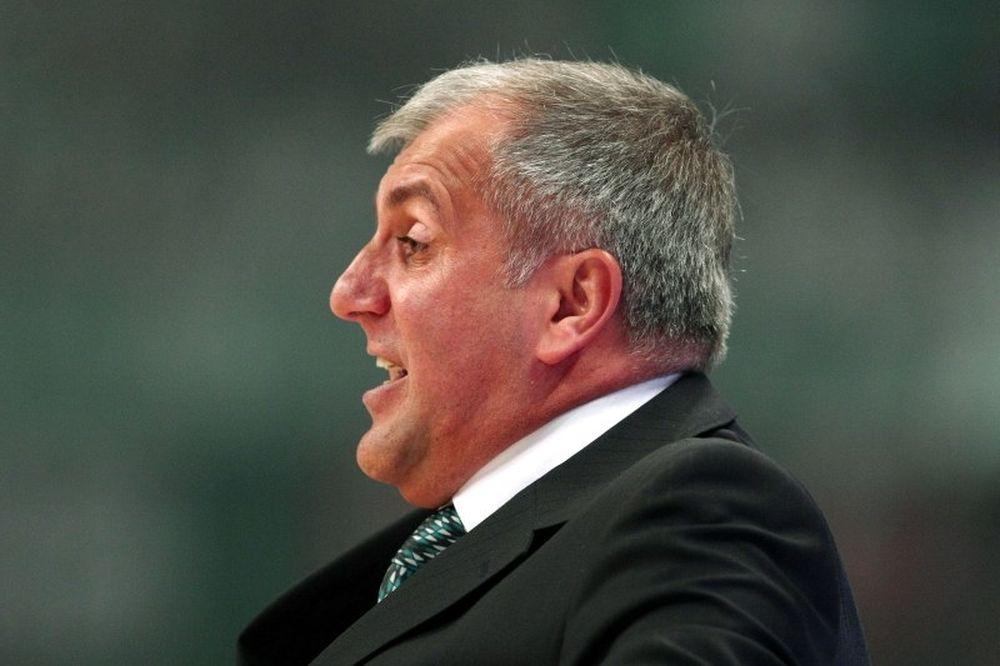 Ομπράντοβιτς: «Καλοί μόνο αμυντικά»