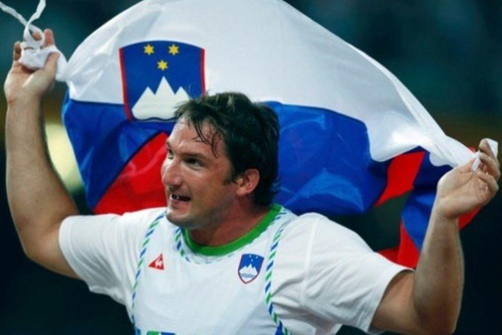 Κόζμους και Ρατέι οι κορυφαίοι Σλοβένοι