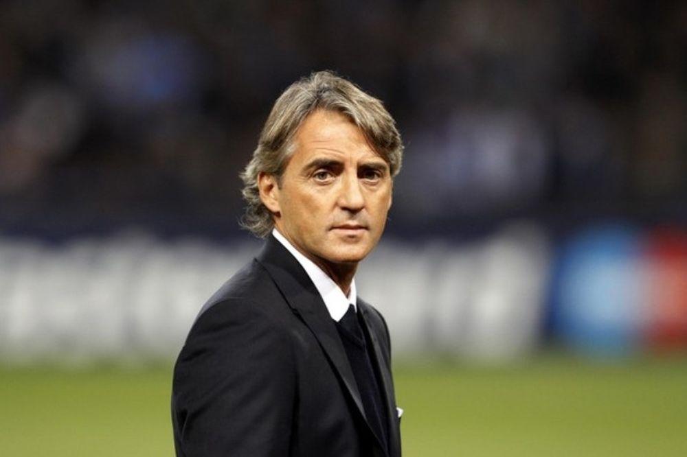 Μαντσίνι: «Υπάρχει και το Europa League»