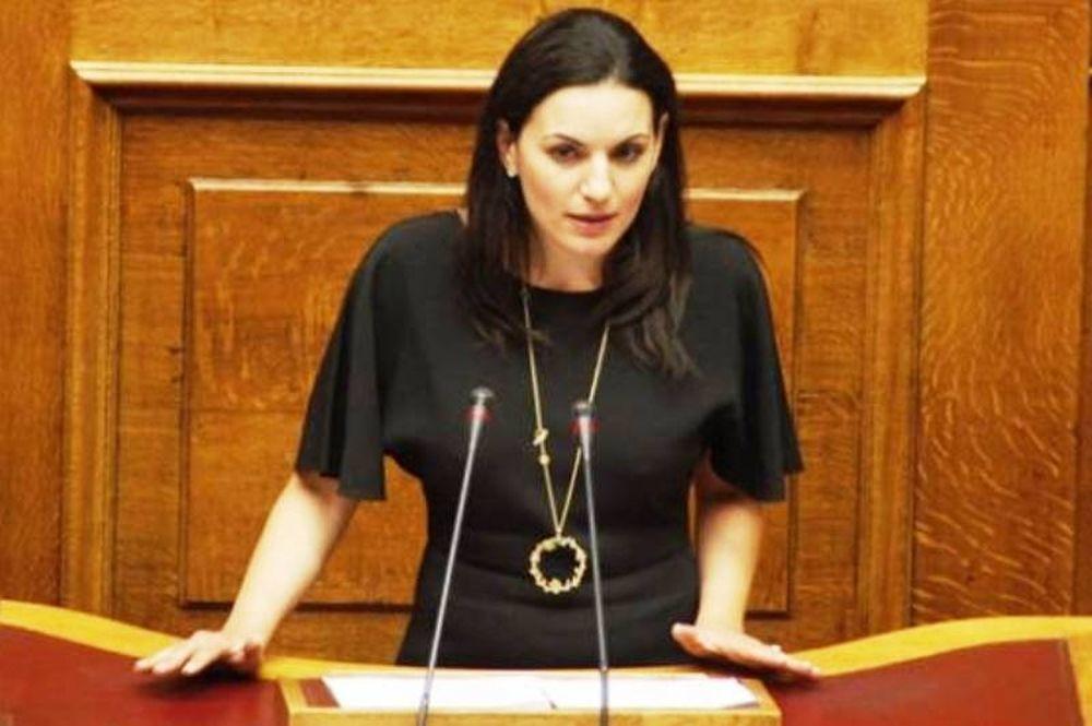 Όλγα Κεφαλογιάννη: Να αποφύγουμε το φετιχισμό με τις ημερομηνίες
