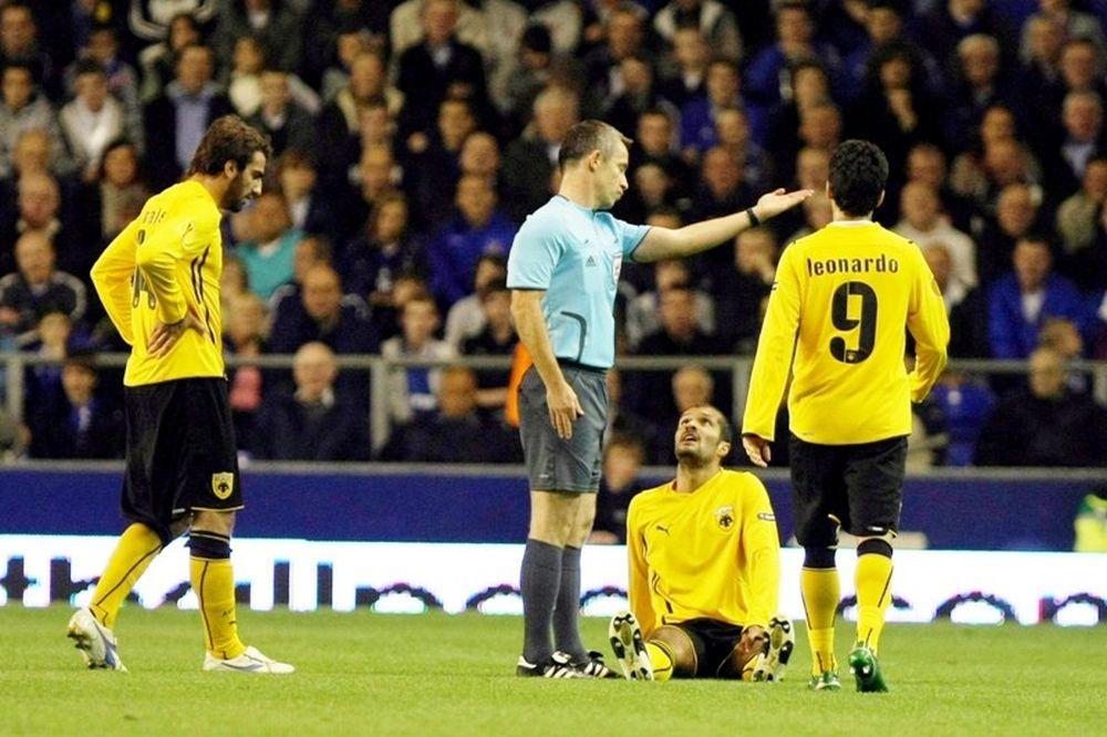 Ο Ρόμπερτ Μάλεκ στο ματς της ΑΕΚ με την Άντερλεχτ