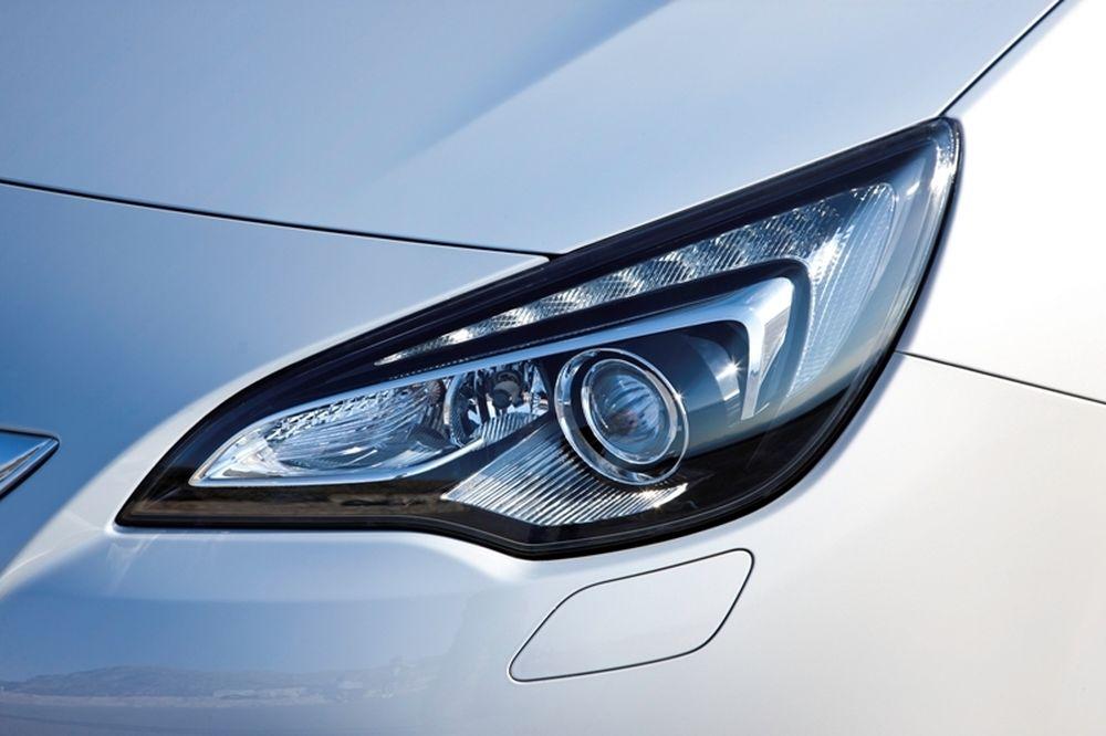 Το σύστημα AFL της Opel κερδίζει το NCAP Advanced