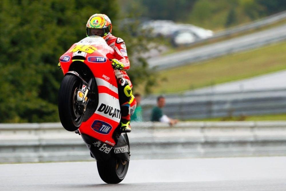MotoGP: Η χρονιά του Ρόσι σε αριθμούς (photos+video)
