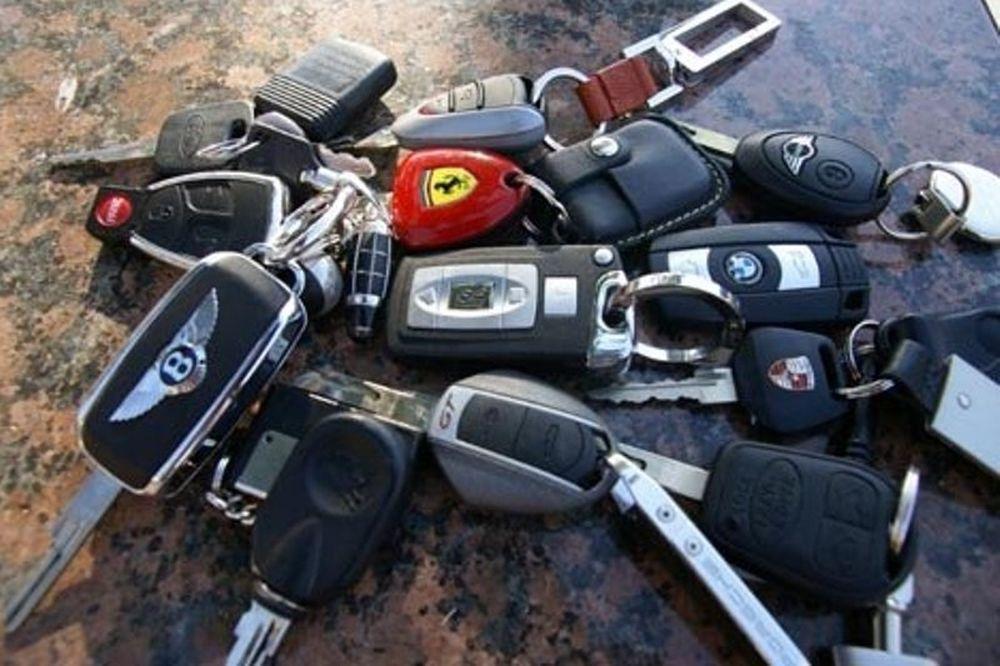 Τέλος στα υπερπολυτελή αυτοκίνητα στην Ιταλία