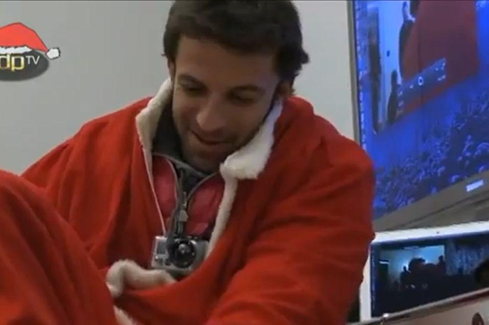 Ο Ντελ Πιέρο... Άι Βασίλης! (video)