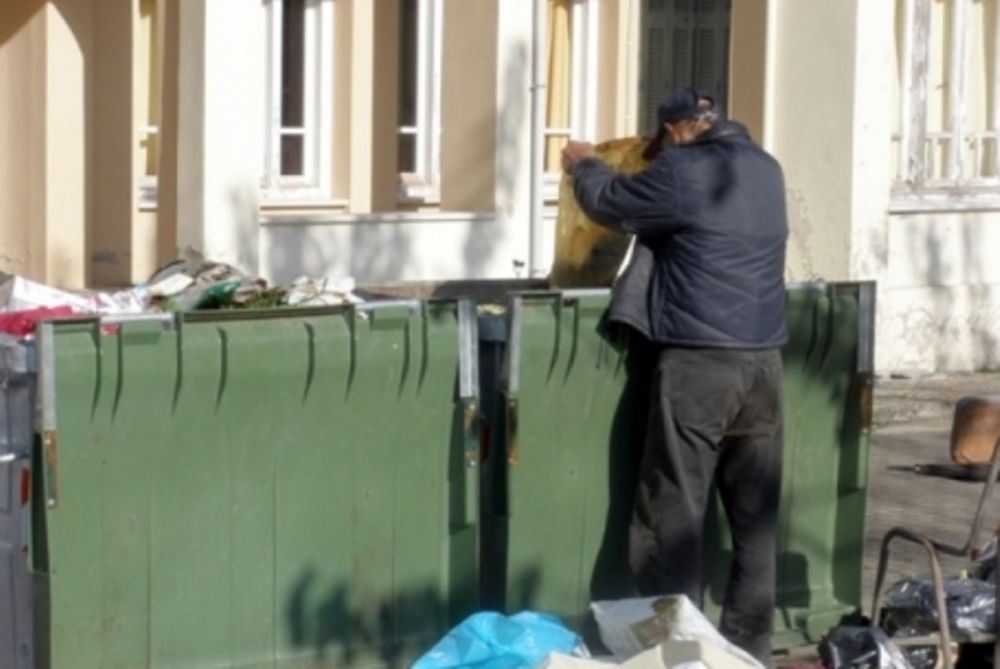 Η φτώχεια θερίζει την Ελλάδα
