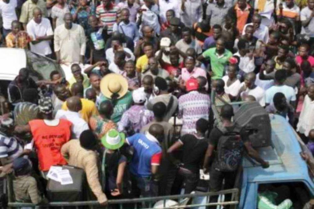 Αστυνομικοί σκότωσαν διαδηλωτή