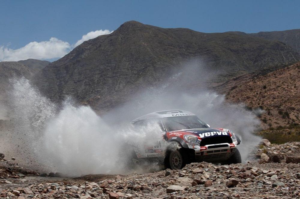 Ράλι Dakar 2012: Πετερανσέλ ξανά στην κορυφή