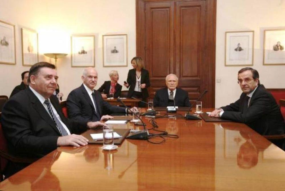 Κάλεσμα Καρατζαφέρη για συμβούλιο πολιτικών αρχηγών