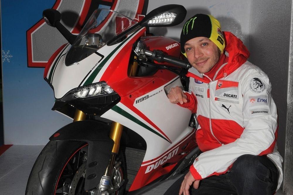 MotoGP Ρόσι: «Θέλω νίκες με την Ducati»