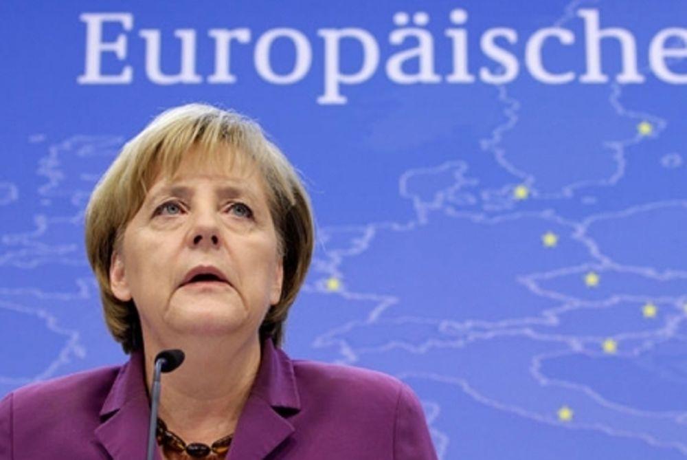 Απειλές της Μέρκελ προς την Ελλάδα