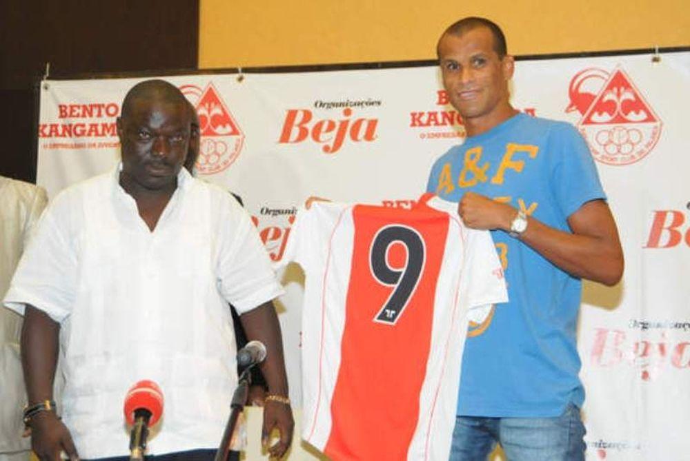 Χαρούμενος ο «Ρίμπο» στην Αγκόλα!