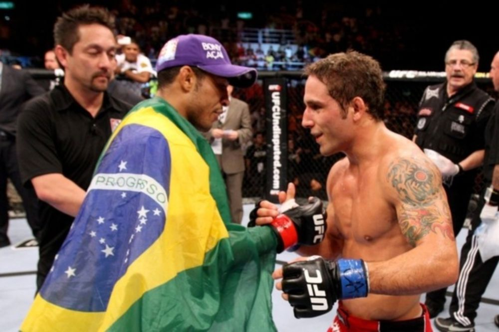Ποδόσφαιρο ή ΜΜΑ στο UFC 142
