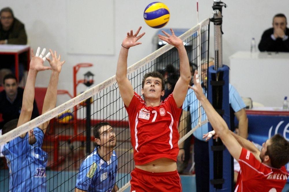 Φιλίποφ: «Ψηλά στο Challenge Cup o Ολυμπιακός»