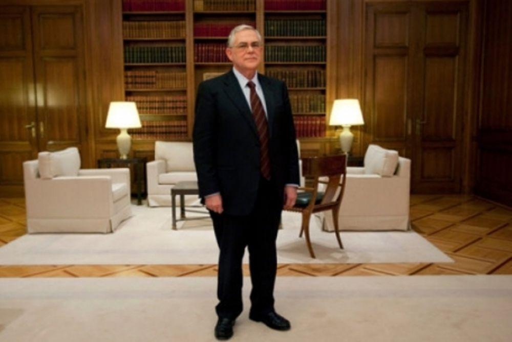 Παπαδήμος: Νόμος για το κούρεμα χρέους
