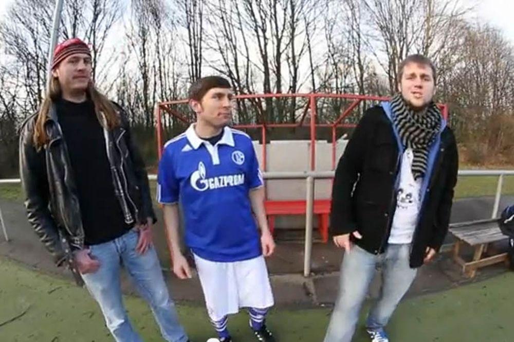 Hip hop τραγούδι για τον Κυριάκο Παπαδόπουλο (video)