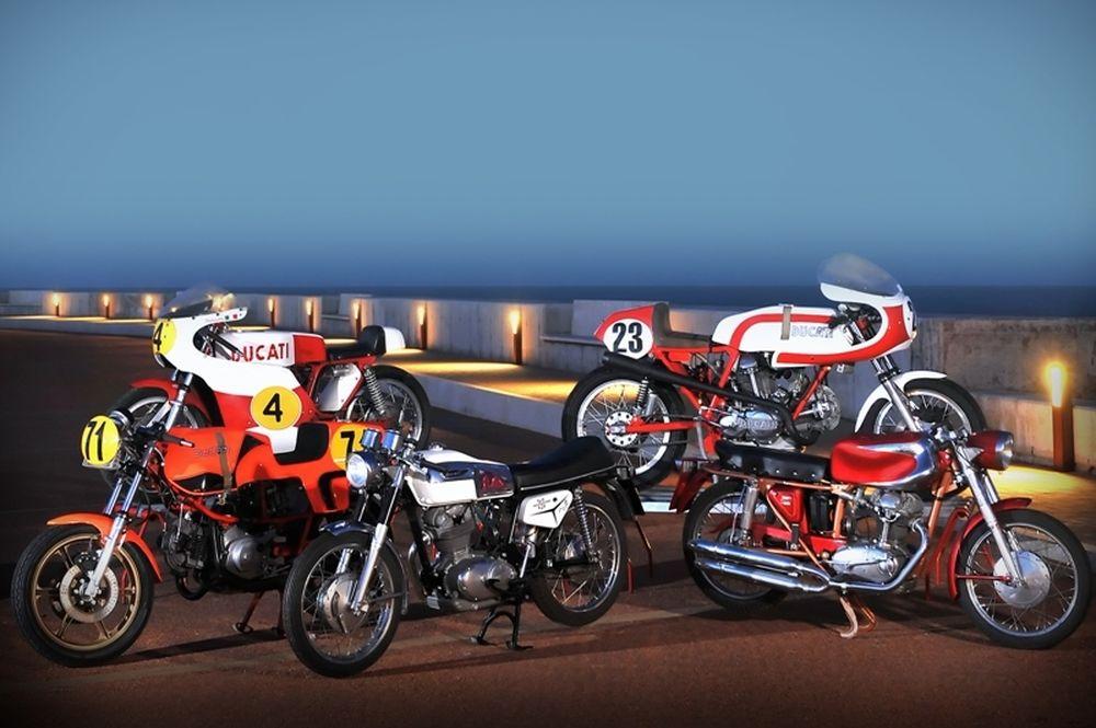 100 Ducati από μία συλλογή σε δημοπρασία (photos)