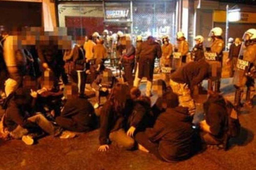 Τρεις συλλήψεις, ελεύθεροι οι 224 οπαδοί του Ολυμπιακού