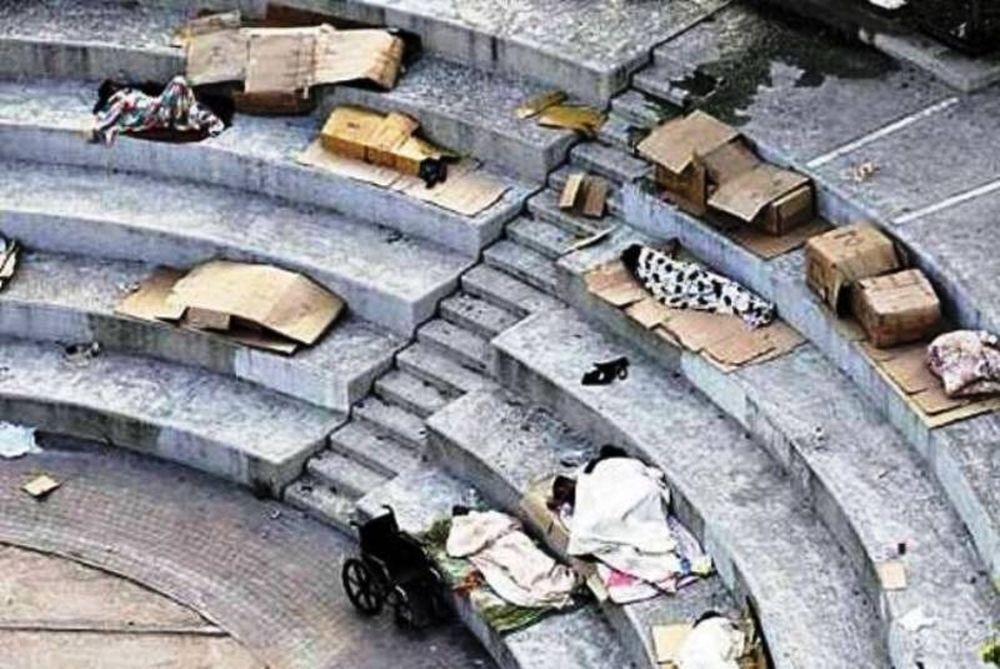 Φωτογραφία άστεγων προκαλεί θλίψη...