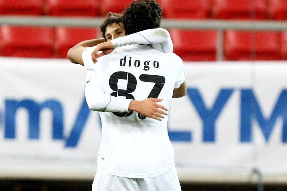 Χαμόγελα για Ντιόγκο και Αμπντούν