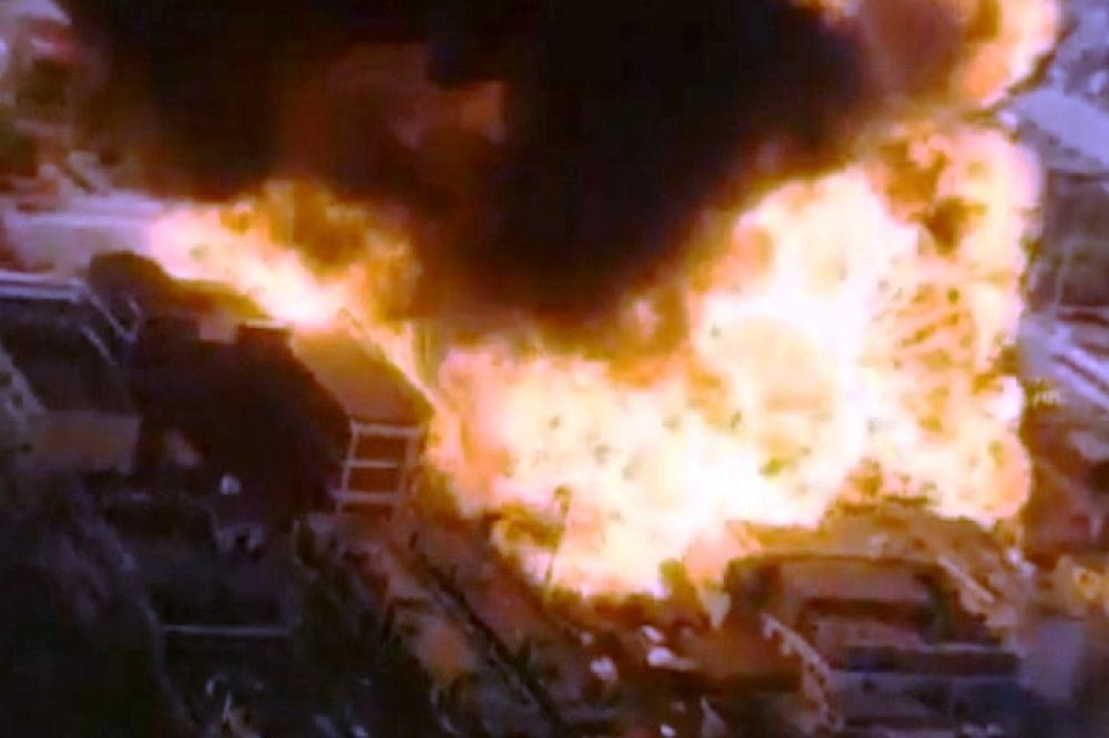 Εικόνες με καταστροφές και εκρήξεις (video)