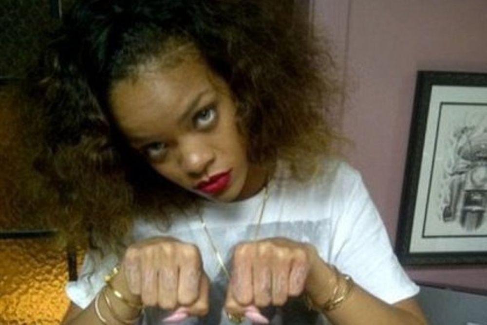 Το ροζ τατουάζ της Rihanna