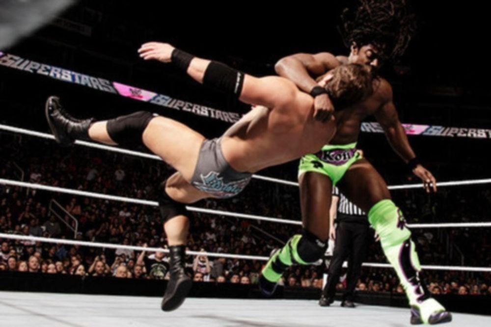 Ανεβαίνει ακόμα ο Mahal και νίκη για Kofi στο Superstars