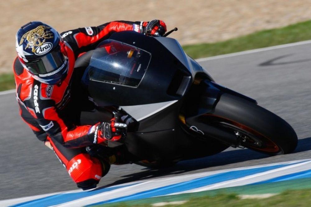 Έντουαρντς: «Η μοτοσικλέτα έχει μεγάλη δυναμική»
