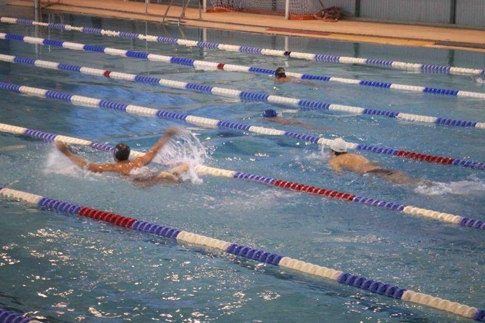 Προβληματισμένος για τα κολυμβητήρια ο Νικολόπουλος
