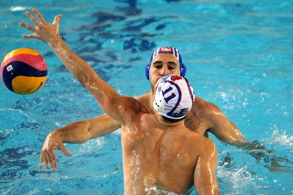 Ο Ολυμπιακός… βούλιαξε τους εφήβους του Πανιωνίου
