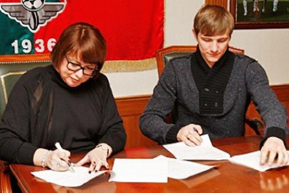 Υπέγραψε στη Λοκομοτίβ ο Παβλιουτσένκο