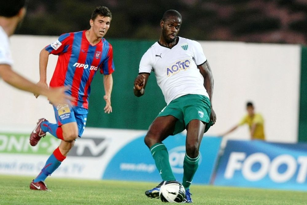 Ντιμπαλά: «Πολλά γκολ για να βοηθήσω τον Πανιώνιο»
