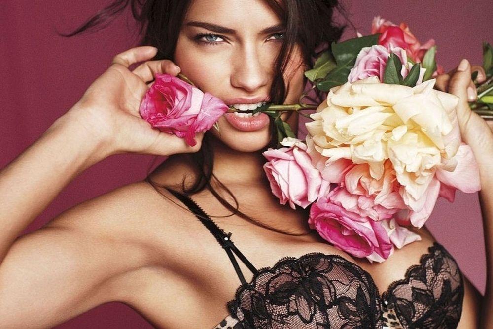 Λίγα τριαντάφυλλα ποθεί η Αντριάνα Λίμα