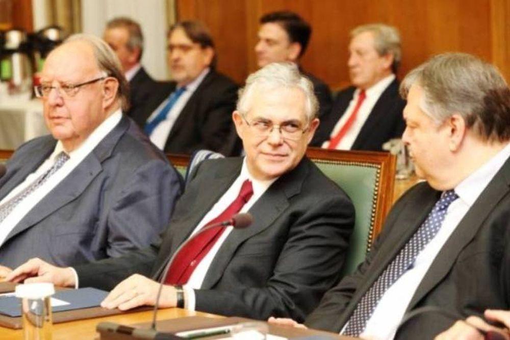 Υπουργικό συμβούλιο μετά τη σύσκεψη