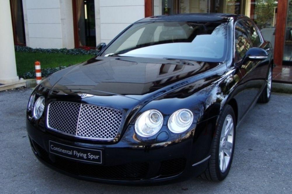 Οι Bentley έκλεψαν την παράσταση