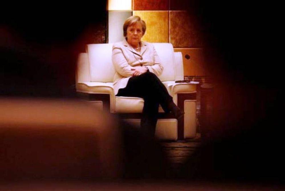 Οι απειλές πτώχευσης της Μέρκελ