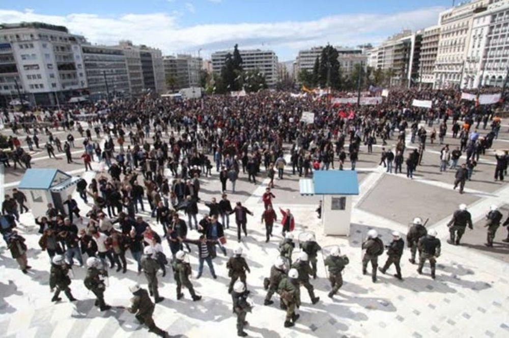 Επεισόδια στην Πλατεία Συντάγματος