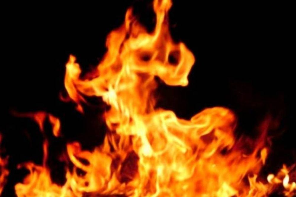 Καίγονται νεοκλασικά κτίρια - Δεκάδες οι πυρκαγιές