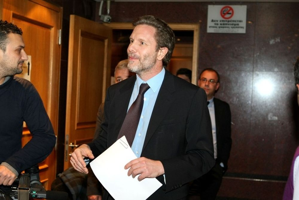 Στη Βουλή το νομοσχέδιο, αντιδρούν ΕΠΟ και FIFA
