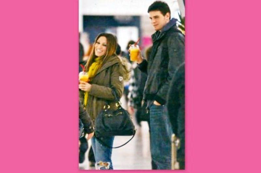 Κοκκίνου-Μπόγρης: «Ενάμιση χρόνο μαζί!»