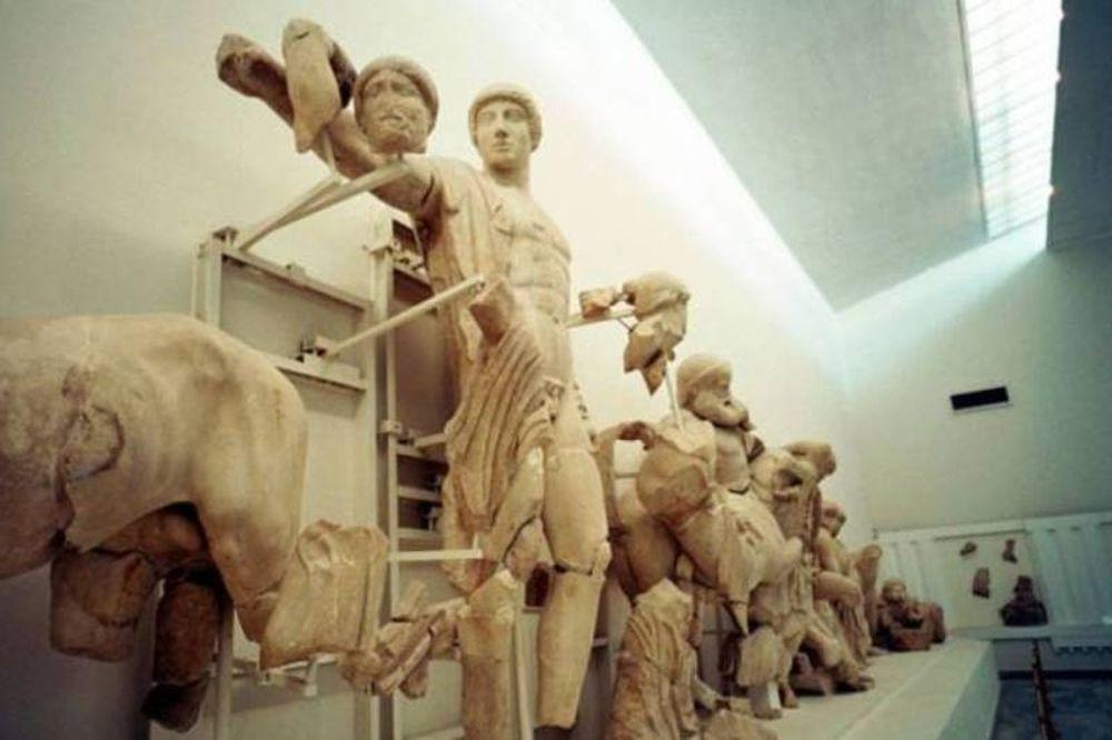 Ληστεία στο Μουσείο Αρχαίας Ολυμπίας - Παραιτήθηκε ο Γερουλάνος