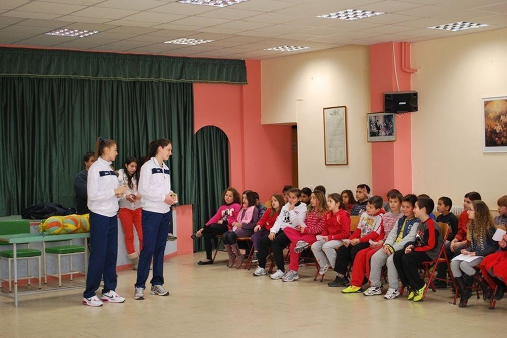 Επισκέφθηκαν σχολεία Λαμπρούση, Καραγκούνη
