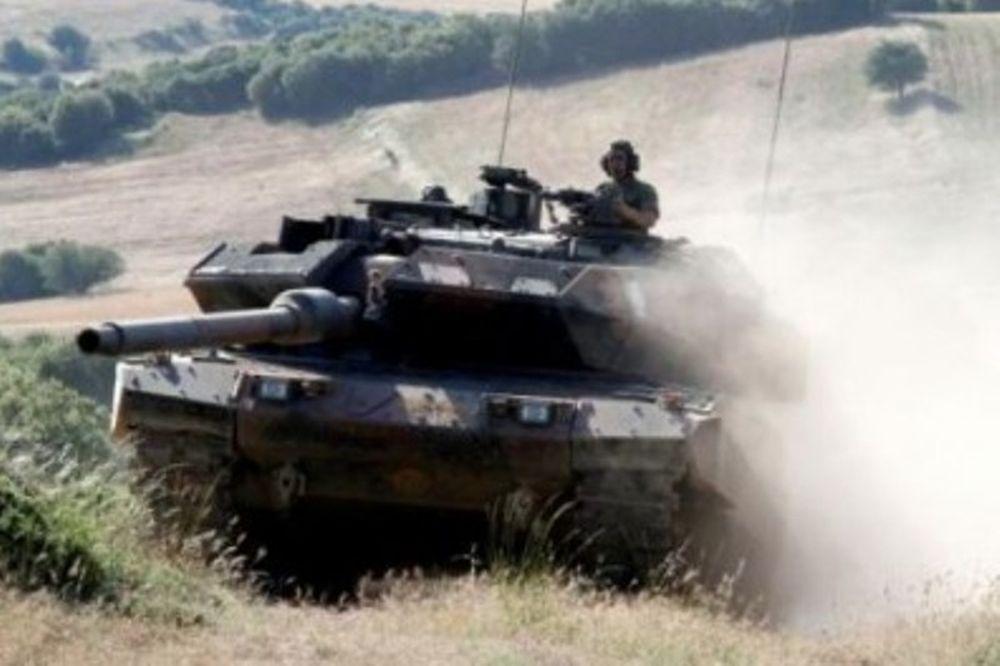 Βρετανικές φήμες για πραξικόπημα στην Ελλάδα