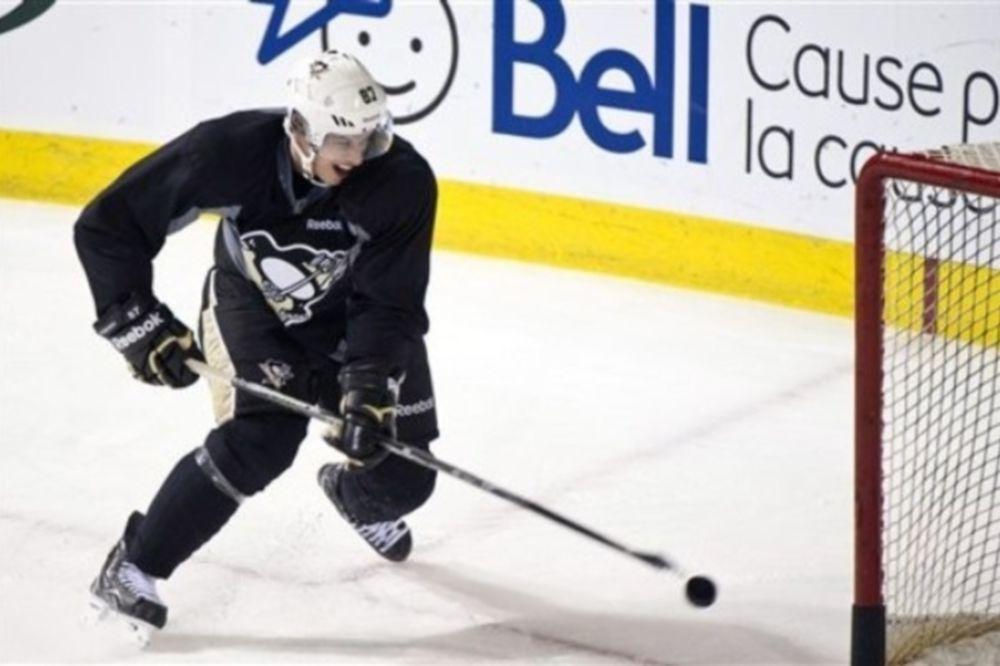 Επιστροφή Crosby στο πάγο