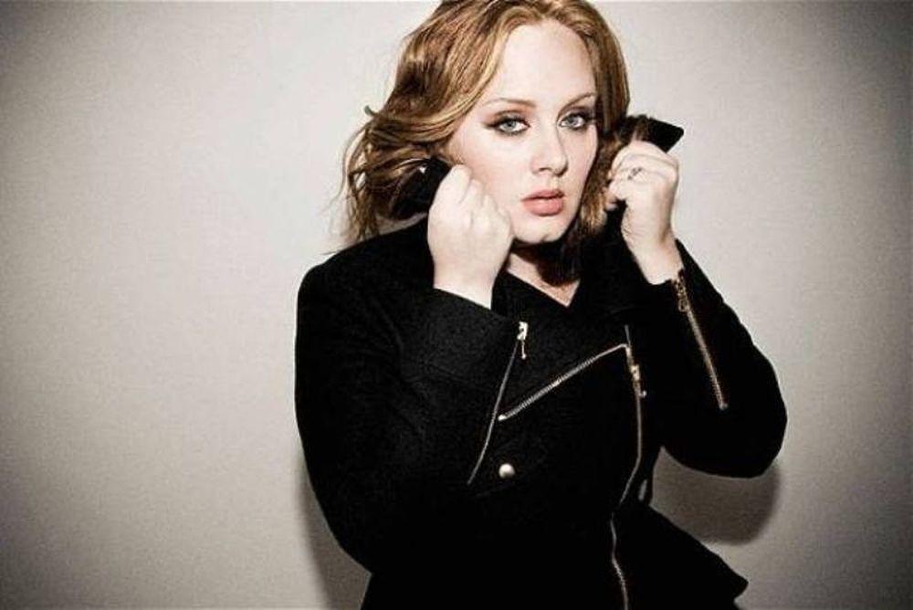 Η Adele σε… ροζ DVD!