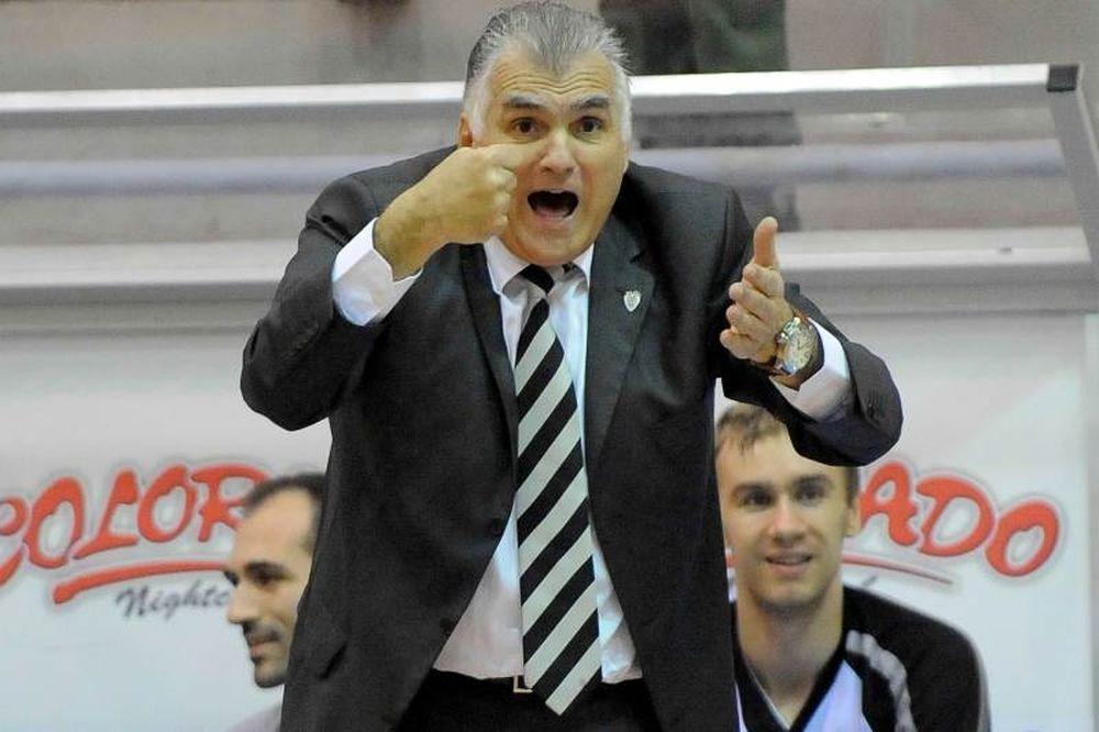Μαρκόπουλος: «Δύσκολο να πάρουμε παίκτη»