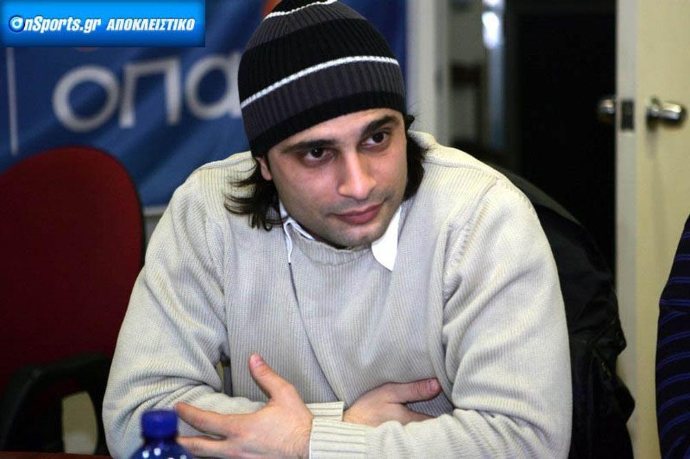 Χαραλαμπίδης στο Onsports: «Καμία επαφή με Αδαμίδη»