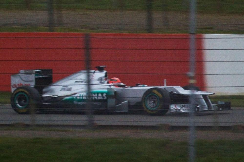 Χωρίς εκπλήξεις η νέα Mercedes W03